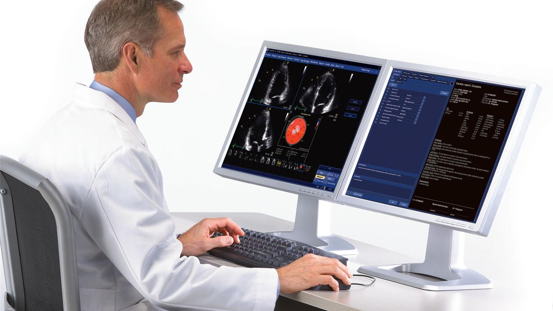 product-product-categories-ultrasound-echopac-echopac_clinician_viewingmonitors.jpg